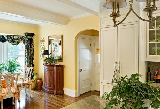 Kitchen Side Entry -